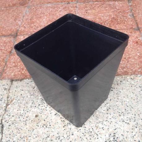 Vaso quadrato 14 cm in plastica da semina-talea-vivaio-esterno