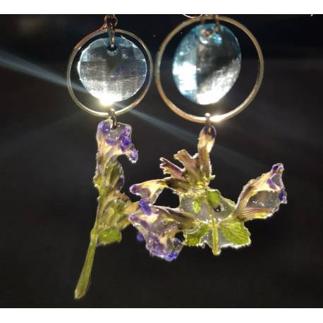 Handmade stainless steel earrings with real catmint flowers
