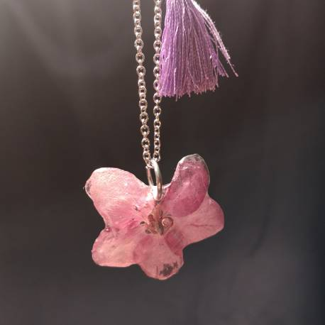 Necklace with real fuchsia flower