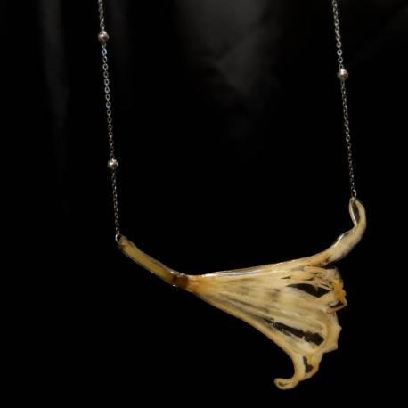 Necklace with real nerine flower