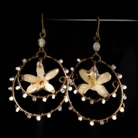 Orecchini con fiori veri di choisya